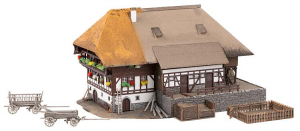 Faller 232395 Шварцвальдский дом 1/87 Faller_232395.jpg