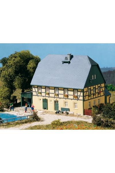 Auhagen 11359 Крестьянский дом 1/87