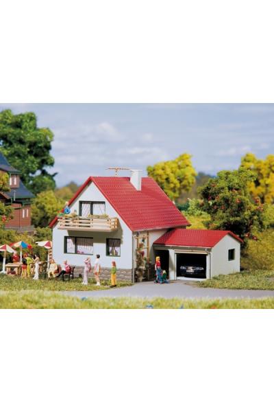 Auhagen 12222 Дом с гаражом Н0/ТТ