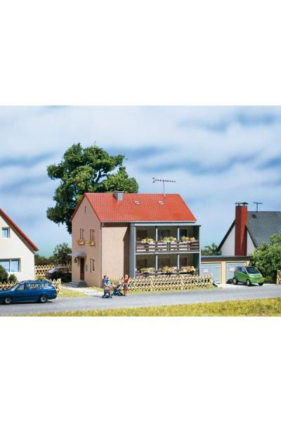 Auhagen 12236 Многоквартирный дом Н0/ТТ