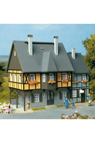 Auhagen 12343 Жилой дом Bahnhofstrasse 1 Н0/ТТ