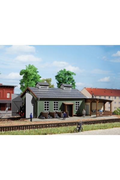 Auhagen 13286 Одностойловое деревянное депо 1/120