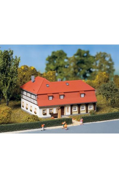 Auhagen 13305 Фахверховый дом 1/120