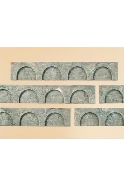 Auhagen 43628 Стена обработанный камень с арками 194x32см 1/120