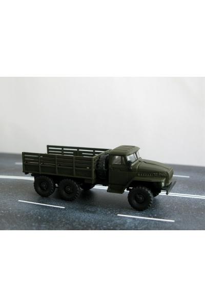 Auto 221038 автомобиль Урал бортовой 1/87