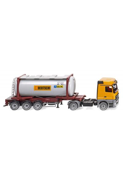Wiking 053602 Автомобиль MB Actros с контейнером Bertschi CH Epoche VI 1/87